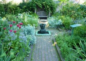 Geffrye garden