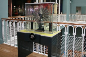 Wimshurst Machine, Enquire, National Museum of Scotland
